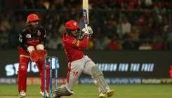 KXIP vs RCB : काली पट्टी...- India TV Hindi