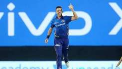Foreign players of Mumbai Indians reached their home safely- India TV Hindi