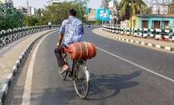 यूपी के 15 जिलों में 'हॉट स्पॉट्स' की पहचान- India TV Paisa