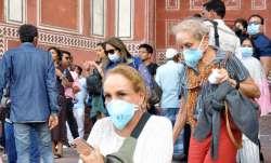 मोदी सरकार ने फंसे हुए विदेशियों को लॉकडाउन से छूट दी- India TV Paisa
