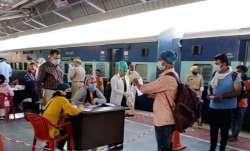 Indian Railways mandatory for passengers to download Aarogya Setu app - India TV Paisa