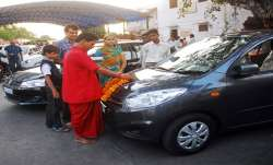 Passenger vehicle sales in India decline 49.59 pc in June- India TV Paisa