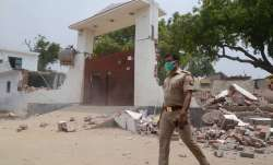 <p>Uttar Pradesh Police...- India TV Paisa