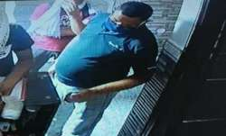 Vikas Dubey flees Faridabad hotel before police...- India TV Paisa