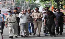 Vikas Dubey fired at policemen before being shot dead in encounter- India TV Paisa