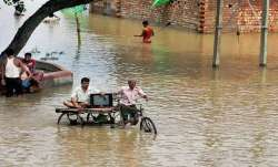 3 people died in a house collapse due to heavy rains in Gujarat- India TV Paisa