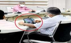 Uttar Pradesh official found playing game in Meeting over coronavirus with Chief minister - India TV Paisa