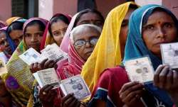 Bihar election: Seprate line for covid-19 positive at every election booth- India TV Paisa