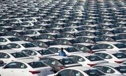 यात्री वाहनों की...- India TV Paisa