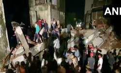 under construction building collapsed in Vadodara...- India TV Paisa