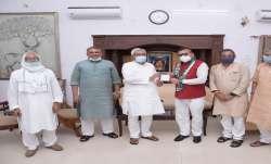 Bihar DGP Gupteshwar Pandey joins JD(U)- India TV Paisa