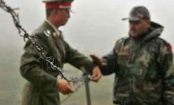 चीन ने पहली बार कबूली अपने सैनिकों की मौत की बात- India TV Paisa