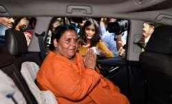उमा भारती को हुआ कोरोना, रिपोर्ट पॉजिटिव आने के बाद उत्तराखंड में खुद को किया क्वारंटाइन- India TV Paisa