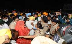 Harsimrat Kaur Badal and Sukhbir Badal detained - India TV Paisa