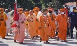 CM Yogi says will take few people from every village to Ayodhya Ram Mandir । यूपी के हर गांव से कुछ - India TV Paisa