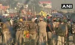 दिल्ली पुलिस ने सरकार से 9 स्टेडियमों को अस्थाई जेल में बदलने की इजाजत मांगी- India TV Paisa