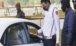 Now pay fine for not wearing seat belt on car's back seat, not installing side mirror on bikes- India TV Paisa