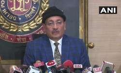 दिल्ली पुलिस के स्पेशल कमिश्नर (इंटेलिजेंस) दीपेंद्र पाठक- India TV Paisa