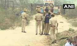 कर्नाटक: विस्फोटक...- India TV Paisa