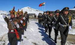 Indian Army on Face-Off With Chinese Army At Nakula Area of North Sikkim- India TV Paisa