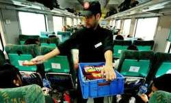 Indian Railways to restart e-catering services for passengers from the first week of February, 2021- India TV Paisa