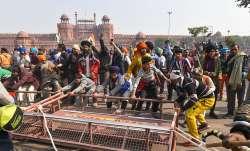 2 घंटे तक लाल किले...- India TV Paisa