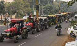 ट्रैक्टर परेड निकालने पर अड़े किसान, दिल्ली पुलिस के साथ किसानों की आज होगी मीटिंग- India TV Paisa