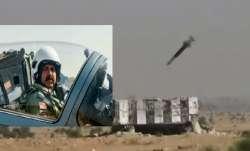 बालाकोट एयरस्ट्राइक दूसरी वर्षगांठ: IAF चीफ ने ऑपरेशन में शामिल पायलटों के साथ भरी उड़ा, ध्वस्त किया- India TV Paisa