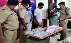 केरल: ट्रेन में...- India TV Paisa