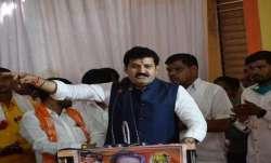 महाराष्ट्र के वन मंत्री संजय राठौड़ ने दिया इस्तीफा- India TV Paisa