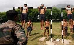 सेना ने  सामान्य ड्यूटी पदों के लिए भर्ती की रद्द, 3 लोग गिरफ्तार- India TV Paisa
