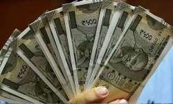 <p>डॉलर के...- India TV Paisa
