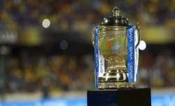 IPL Trophy - India TV Paisa