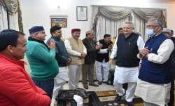 Uttrakhand bjp core group meeting chief minister trivendra singh rawat उत्तराखंड: भाजपा कोर ग्रुप की- India TV Paisa