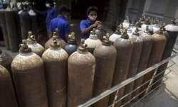 इंडियन ऑयल ने दिल्ली, हरियाणा और पंजाब को ऑक्सीजन की आपूर्ति शुरू की- India TV Paisa