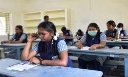 CBSE Board Exam Cancel or not PM Narendra Modi important meeting CBSE Board Exam कैंसिल होंगे या नही- India TV Paisa
