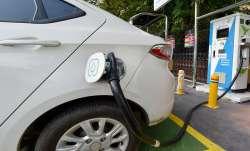 सस्ता चार्जिंग...- India TV Paisa