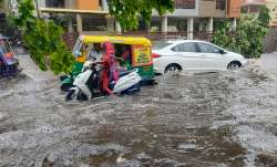 Heavy rain predicted in Delhi NCR IMD orange alert cyclone Tauktae आज दिल्ली NCR में दिखाई देगा 'टाउ- India TV Paisa