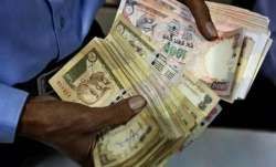 No IT scrutiny on cash deposits up to Rs 2.5 lakh by housewives post Demonetisation- India TV Paisa
