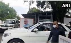 CM Yogi Adityanath visits keshav Prasad Mauraya house in lucknow केशव प्रसाद मौर्य के घर पहुंचे सीएम- India TV Paisa