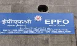 EPFO के साथ अप्रैल में शुद्ध रूप से 12.76 लाख नए कर्मचारी जुड़े - India TV Paisa