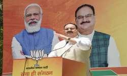 Congress tried to halt Covid vaccination says JP nadda watch video राहुल गांधी के तमाम आरोपों का जेप- India TV Paisa