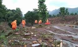 महाराष्ट्र में घट रहा बाढ़ का पानी, 213 लोग गंवा चुके जान, 53 हजार से अधिक बेघर- India TV Paisa
