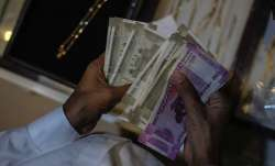 EPFO invests Rs 7,715 cr in equity in April-June- India TV Paisa