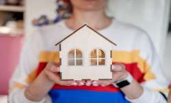 Axis Bank to waive 12 EMIs on select home loans under festive offer- India TV Paisa