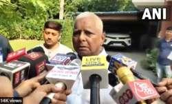 लालू यादव ने आरजेडी-कांग्रेस गठबंधन पर दिया बड़ा बयान, भक्तचरण को बताया 'भकचोंधर'- India TV Paisa
