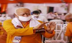 RSS chief Mohan Bhagwat statement on abrogation of Article 370 from Jammu Kashmir अनुच्छेद 370 रद्द - India TV Paisa