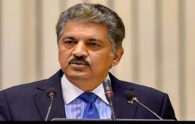 Anand Mahindra advised Corporates can support hospitals in setting up open vaccination camps- India TV Hindi