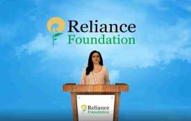 Reliance Foundation scales up COVID operations in Mumbai With 875 beds for COVID patients- India TV Hindi