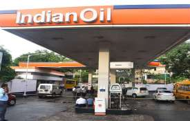 COVID to shave-off 25pc of auto fuel demand in April- India TV Hindi